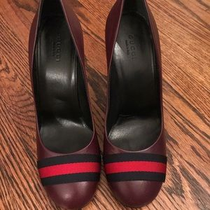 Gucci Quentin/NS Nylon pumps in burgundy size 37